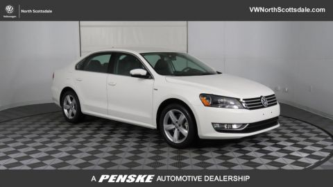 Pre-Owned 2015 Volkswagen Passat 4dr Sedan 1.8T Automatic Limited Edition PZEV