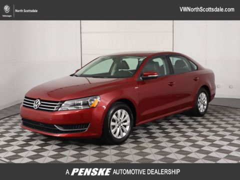 Pre-Owned 2015 Volkswagen Passat 4dr Sedan 1.8T Automatic Wolfsburg Ed