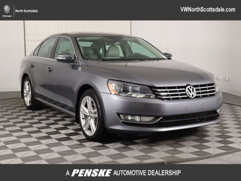Pre-Owned 2012 Volkswagen Passat 4dr Sedan 2.0L DSG TDI SE w/Sunroof