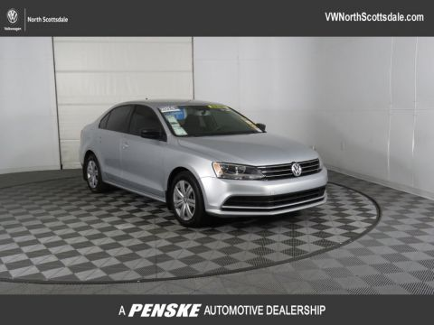 Certified Pre-Owned 2015 Volkswagen Jetta Sedan 4dr Manual 2.0L TDI S