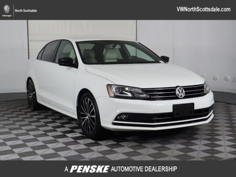 Certified Pre-Owned 2016 Volkswagen Jetta Sedan 1.8T Sport PZEV 4dr Automatic