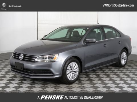 Pre-Owned 2015 Volkswagen Jetta Sedan 4dr DSG 2.0L TDI SE w/Connectivity